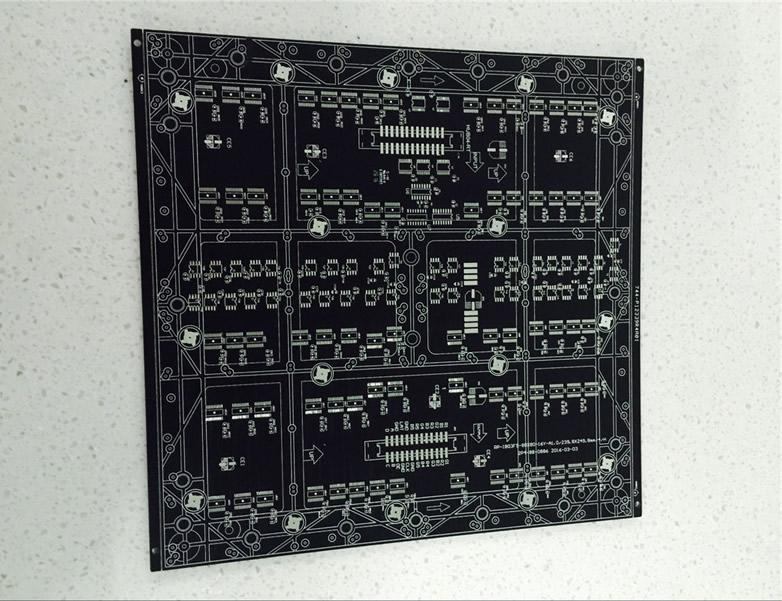 四层LED黑油板